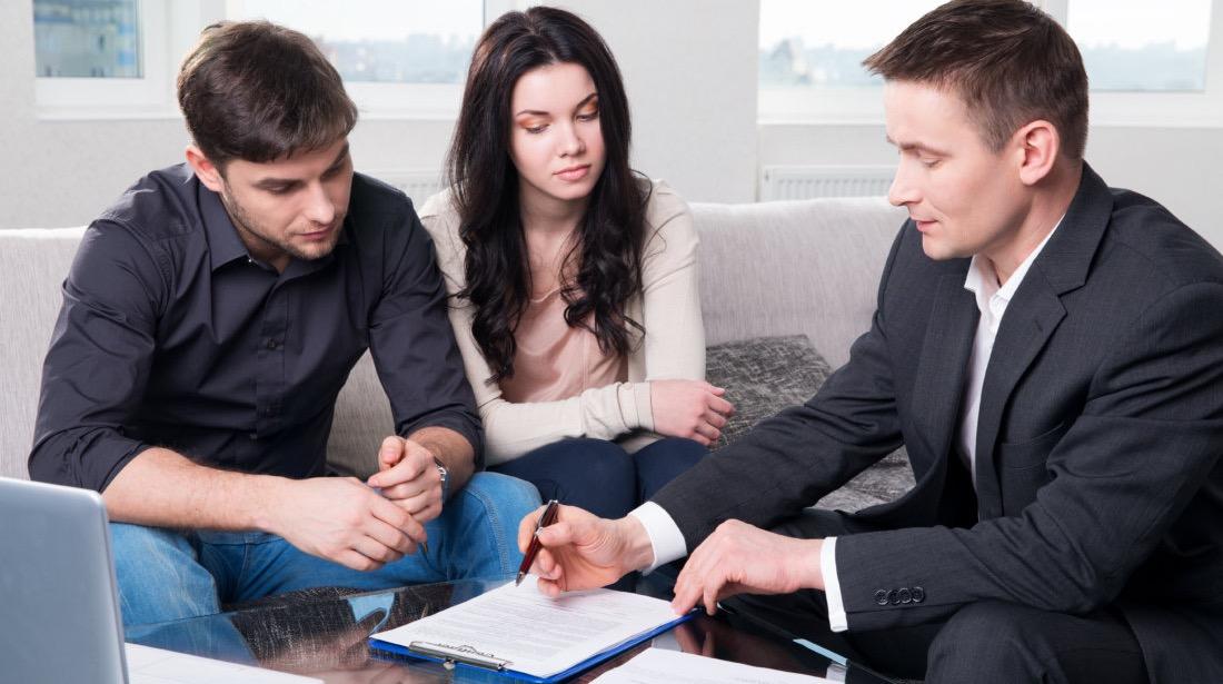 Как подать на алименты без развода находясь в браке